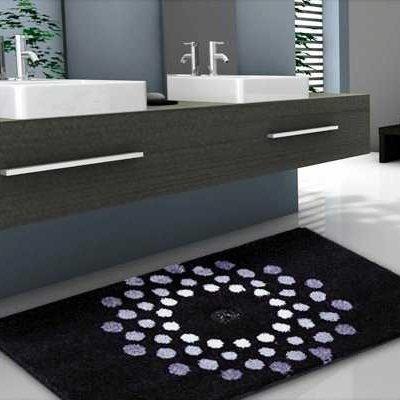 Moderan tepih elegantih crno sivih boja