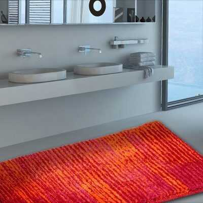Crveni otporan moderan tepih za kupaonice