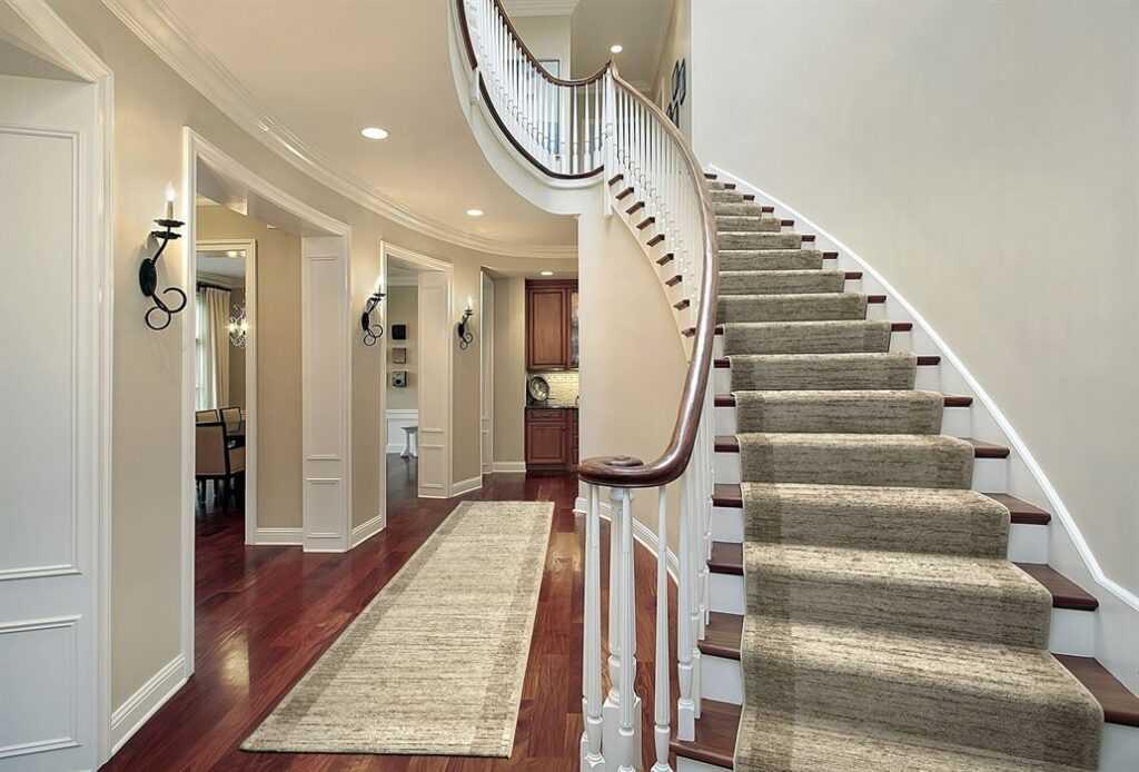 Elegantna Neutralna Tepih Staza za Dom